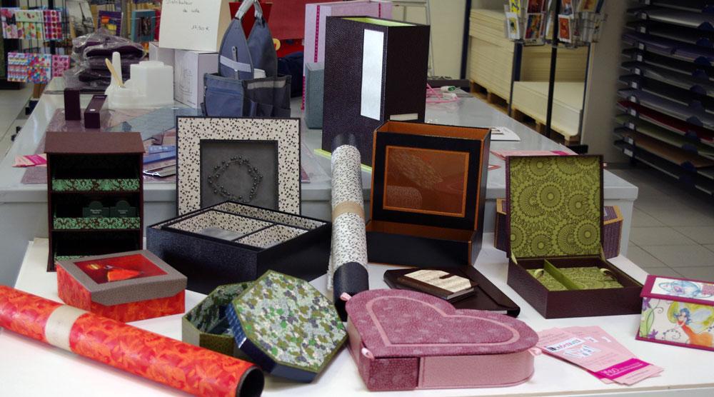 Création de Boites en cartonnage et encadrements créatifs à reims cormontreuil.