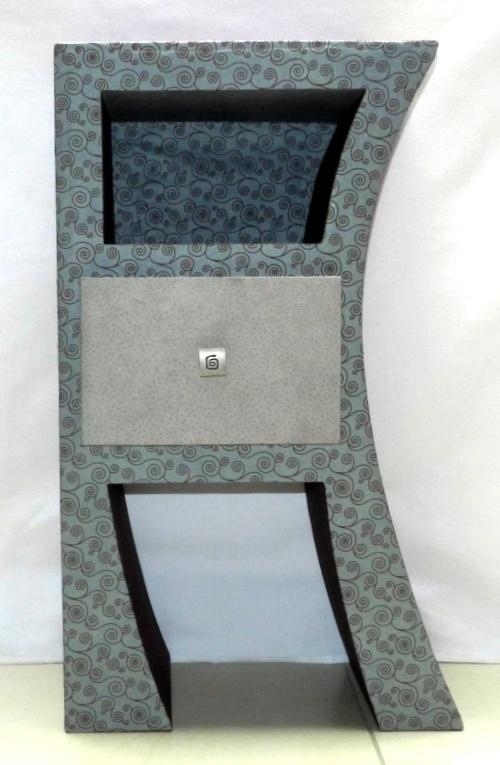 meuble en carton avec tiroir